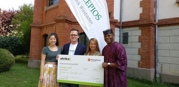 "Bild zu afrika! Community Award - Ehrung für ""Diabetes Care West Africa"""